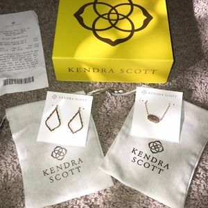 Jewelry - Kendra Scott rose gold necklace and earring set